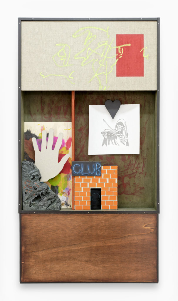 Matthieu Haberard, Mélodie carrée 3, 2021 Carton, Forex, bois teinté, toile 52 × 17 × 98 cm